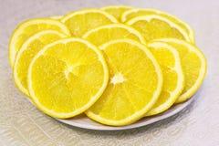 πορτοκαλιές φέτες πιάτων Στοκ εικόνα με δικαίωμα ελεύθερης χρήσης