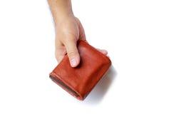 Πορτοφόλι στο χέρι ατόμων ` s που απομονώνεται στο άσπρο υπόβαθρο Στοκ φωτογραφία με δικαίωμα ελεύθερης χρήσης