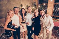 Πορτρέτο έξι ανθρώπων, κομψό λατρευτό όμορφο luxu γοητείας στοκ φωτογραφία