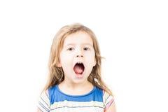 Πορτρέτο λίγου φοβιτσιάρους παιδιού στοκ εικόνες