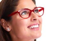 Πορτρέτο γυναικών με eyeglasses Στοκ φωτογραφία με δικαίωμα ελεύθερης χρήσης