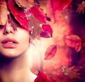 Πορτρέτο γυναικών φθινοπώρου Στοκ Φωτογραφίες