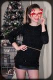 Πορτρέτο γυναικών Χριστουγέννων στοκ εικόνα με δικαίωμα ελεύθερης χρήσης