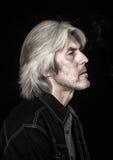 Πορτρέτο ενός ατόμου με την γκρίζα τρίχα Στοκ Εικόνες