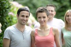 Πορτρέτο ενός ευτυχούς ζεύγους ετεροφυλόφιλων στοκ φωτογραφία με δικαίωμα ελεύθερης χρήσης