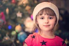 Πορτρέτο ενός κοριτσιού Χριστουγέννων Στοκ φωτογραφία με δικαίωμα ελεύθερης χρήσης