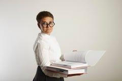 Πορτρέτο ενός κουρασμένου δασκάλου με τους συνδέσμους Στοκ φωτογραφία με δικαίωμα ελεύθερης χρήσης