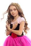 Πορτρέτο ενός νέου κοριτσιού με μακρυμάλλη στην κορώνα Στοκ φωτογραφία με δικαίωμα ελεύθερης χρήσης