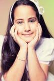 Πορτρέτο ενός μικρού κοριτσιού στην πρώτη ημέρα κοινωνίας της Στοκ Φωτογραφία