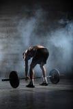 Πορτρέτο ενός όμορφου αθλητή από πίσω Στοκ Εικόνα