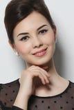 Πορτρέτο ενός όμορφου κοριτσιού με τη σύνθεση Στοκ Εικόνες