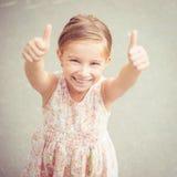 Πορτρέτο ενός όμορφου κοριτσιού liitle στοκ εικόνες με δικαίωμα ελεύθερης χρήσης