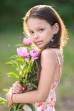 Πορτρέτο ενός όμορφου μικρού κοριτσιού Στοκ φωτογραφία με δικαίωμα ελεύθερης χρήσης