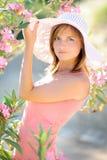 Πορτρέτο ενός όμορφου νέου κοριτσιού Στοκ Εικόνες
