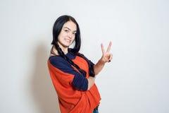 Πορτρέτο ενός όμορφου νέου κοριτσιού Στοκ φωτογραφίες με δικαίωμα ελεύθερης χρήσης