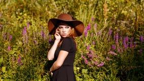 Πορτρέτο κοριτσιών Boho hippie Στοκ φωτογραφία με δικαίωμα ελεύθερης χρήσης