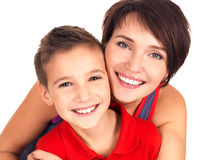 Πορτρέτο μιας ευτυχούς νέας μητέρας με το γιο στοκ εικόνες με δικαίωμα ελεύθερης χρήσης