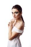 Πορτρέτο μιας όμορφης γυναίκας που απομονώνεται στο λευκό στοκ εικόνες