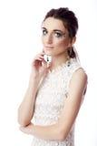 Πορτρέτο μιας όμορφης γυναίκας που απομονώνεται στο λευκό στοκ φωτογραφίες