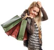 Πορτρέτο μιας όμορφης νέας γυναίκας σε μια φανέλλα γουνών Στοκ Φωτογραφία