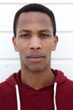 Πορτρέτο προσώπου ενός νέου αφρικανικού ατόμου Στοκ Εικόνα