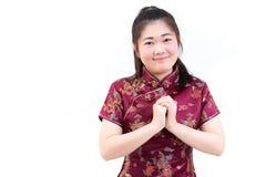 Πορτρέτο της ασιατικής γυναίκας στο μακρύ φόρεμα παραδοσιακού κινέζικου, cheon Στοκ εικόνες με δικαίωμα ελεύθερης χρήσης