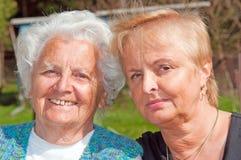 Πορτρέτο της μητέρας και της κόρης Στοκ Εικόνες