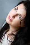 Πορτρέτο της νέας γυναίκας χωρίς σύνθεση Στοκ εικόνες με δικαίωμα ελεύθερης χρήσης
