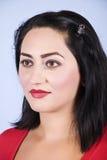Πορτρέτο της σκεπτικής μέσης ενήλικης γυναίκας Στοκ φωτογραφία με δικαίωμα ελεύθερης χρήσης