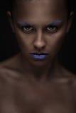 Πορτρέτο της όμορφης γυναίκας με το δημιουργικό makeup Στοκ Εικόνες