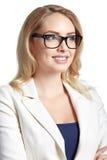 Πορτρέτο της όμορφης επιχειρησιακής γυναίκας στο ελαφρύ υπόβαθρο Στοκ εικόνες με δικαίωμα ελεύθερης χρήσης