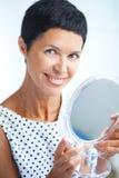 Όμορφη μέση ηλικίας γυναίκα Στοκ Εικόνες