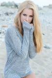 Πορτρέτο της όμορφης νέας γυναίκας μόδας Στοκ Εικόνες