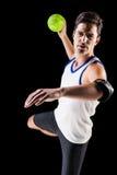 Πορτρέτο του ατόμου αθλητών που ρίχνει μια σφαίρα Στοκ Φωτογραφία