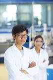 Πορτρέτο του εργαστηριακού επιστήμονα στο εργαστήριο στοκ φωτογραφίες
