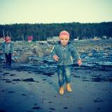 Πορτρέτο του ευτυχούς χαριτωμένου παιδιού Στοκ Εικόνες