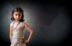 Πορτρέτο του μικρού παιδιού κοριτσιών Στοκ Φωτογραφίες