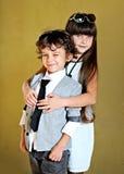 Πορτρέτο του μοντέρνων μικρού παιδιού και του κοριτσιού Στοκ Εικόνες