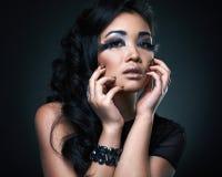 Πορτρέτο του μοντέλου γυναικών μόδας Στοκ εικόνα με δικαίωμα ελεύθερης χρήσης