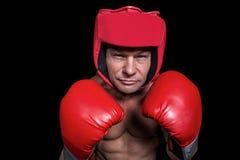 Πορτρέτο του μπόξερ με τα γάντια και το κάλυμμα Στοκ Εικόνα