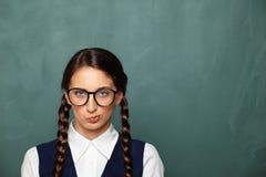 Πορτρέτο του νέου θηλυκού nerd Στοκ φωτογραφίες με δικαίωμα ελεύθερης χρήσης