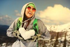 Πορτρέτο του νέου κοριτσιού snowboarder Στοκ εικόνα με δικαίωμα ελεύθερης χρήσης