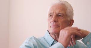 Πορτρέτο του στοχαστικού ανώτερου ατόμου φιλμ μικρού μήκους