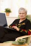 Πορτρέτο του σύγχρονου συνταξιούχου Στοκ εικόνα με δικαίωμα ελεύθερης χρήσης