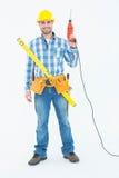 Πορτρέτο του χαμογελώντας επισκευαστή με τα εργαλεία στοκ φωτογραφίες