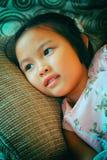 Πορτρέτο του όμορφου μοντέρνου νέου ασιατικού κοριτσιού Στοκ φωτογραφίες με δικαίωμα ελεύθερης χρήσης