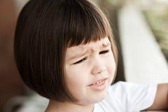 Πορτρέτο του όμορφου λυπημένου ασιατικού κοριτσιού Στοκ εικόνες με δικαίωμα ελεύθερης χρήσης