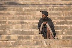 Πορτρέτο του sadhu Shaiva, ιερό άτομο στο Varanasi, Ινδία Στοκ Εικόνα