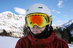 Πορτρέτο του snowboarder στο χιονοδρομικό κέντρο Στοκ εικόνα με δικαίωμα ελεύθερης χρήσης