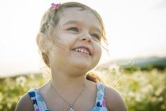 Πορτρέτο χρονών του καυκάσιου ηλιοβασιλέματος κοριτσιών παιδιών πέντε Στοκ Εικόνα